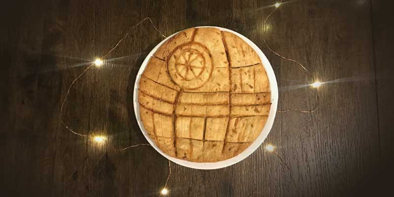 That's No Moon – It's a Death Star Pie