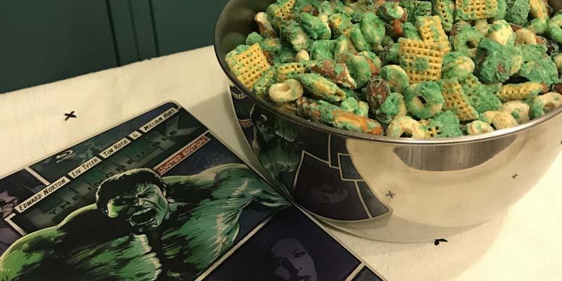 Hulk Smash! Snack Mix