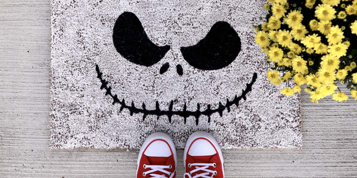 DIY Nightmare Before Christmas Welcome Mat