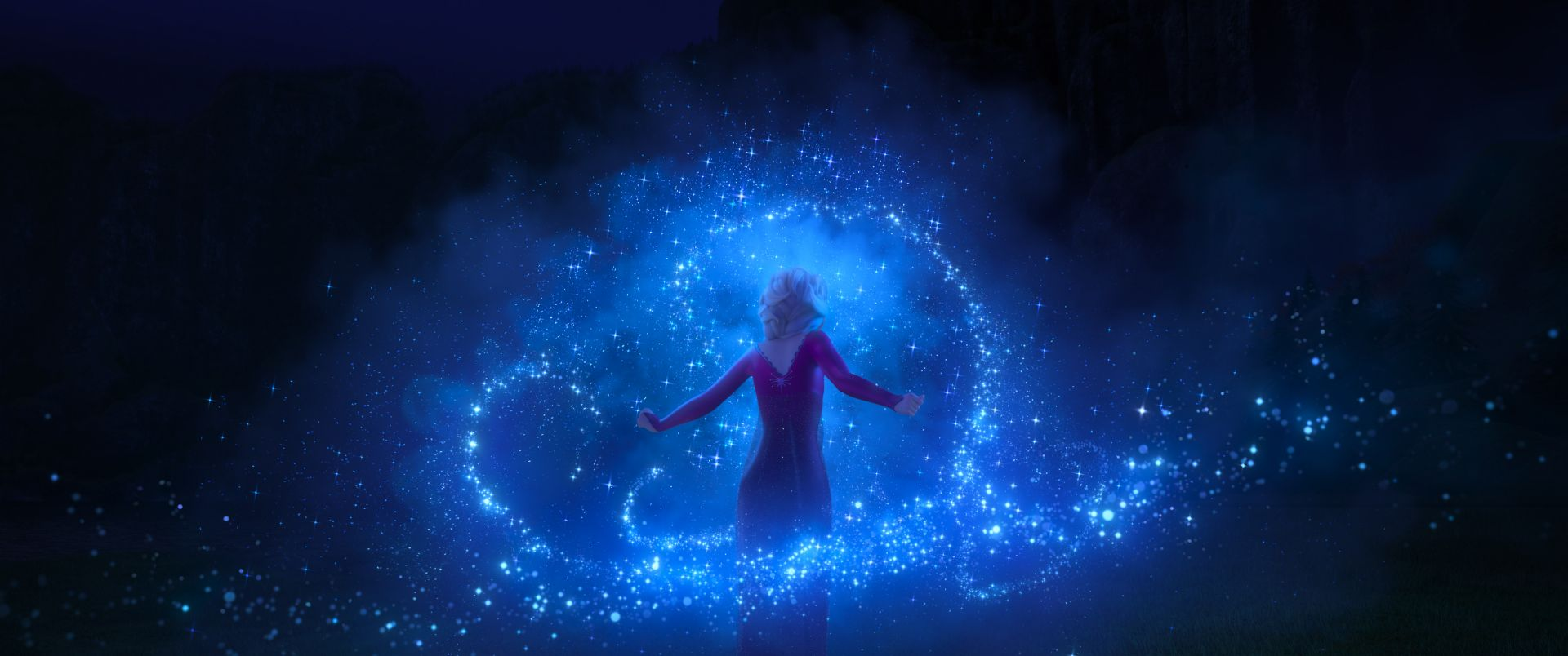 Elsa's powers in Frozen 2 and movie review