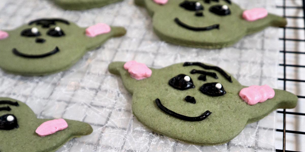 Baby Yoda Cookies (+ Cookie Cutters!)