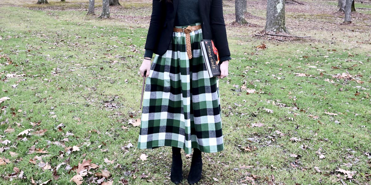 Learning to Sew! And Making a Slytherin-Esque Gathered Skirt